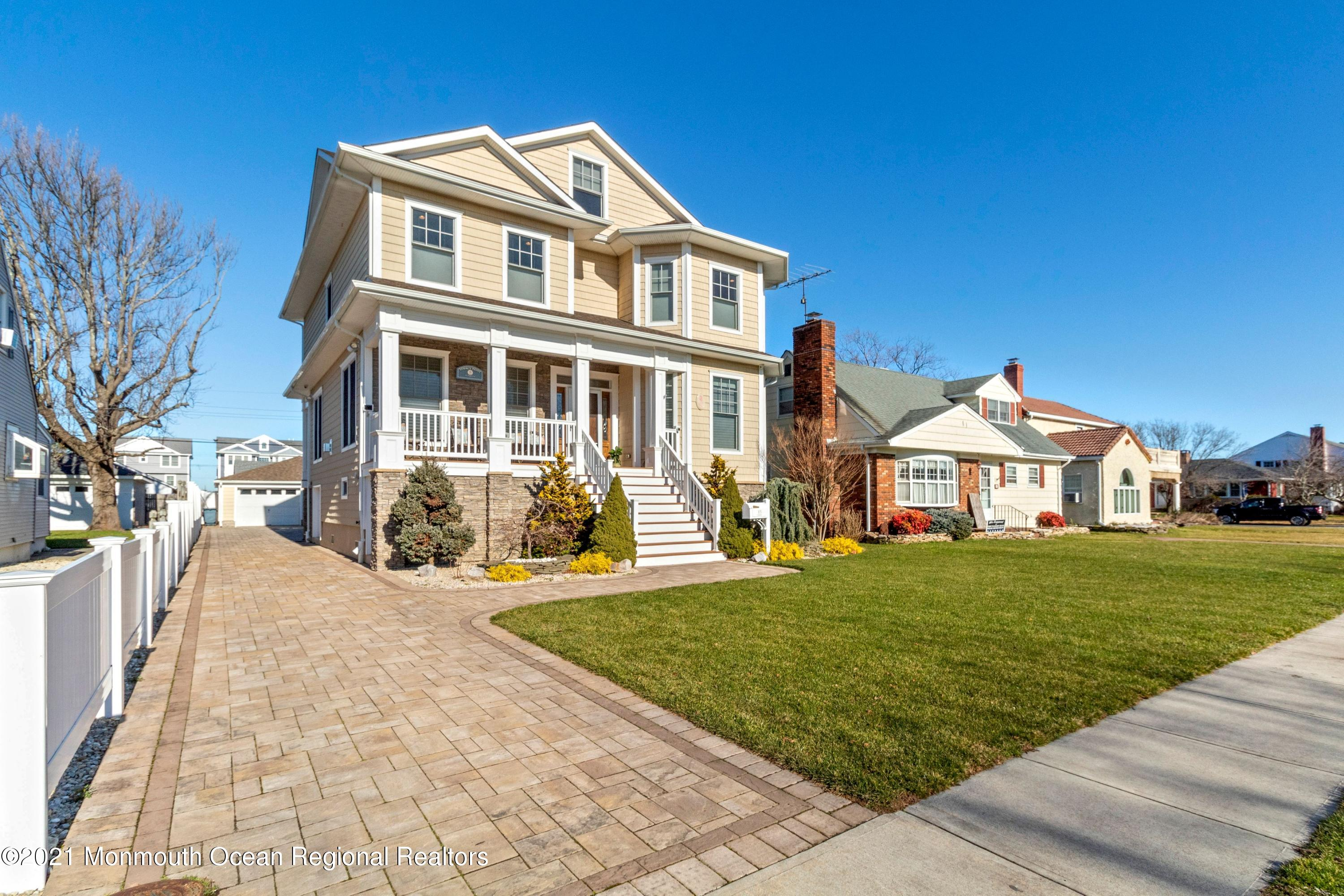 Photo of 105 Parkway, Point Pleasant Beach, NJ 08742
