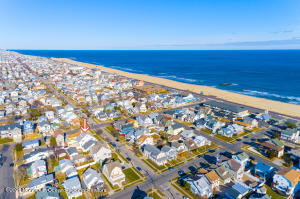 SO CLOSE TO THE OCEAN YOU CAN SMELL IT! just two short blocks to the wide, sandy, sunny Belmar beach