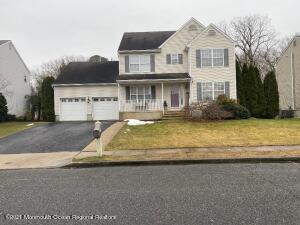 69 W Shenendoah Road, Howell, NJ 07731