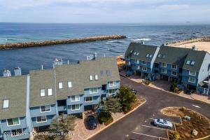 28 Harborhead Drive, Point Pleasant Beach, NJ 08742