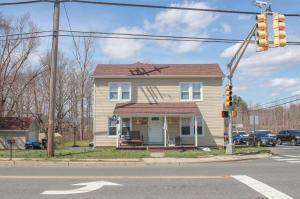 419 Main Street, Manalapan, NJ 07726