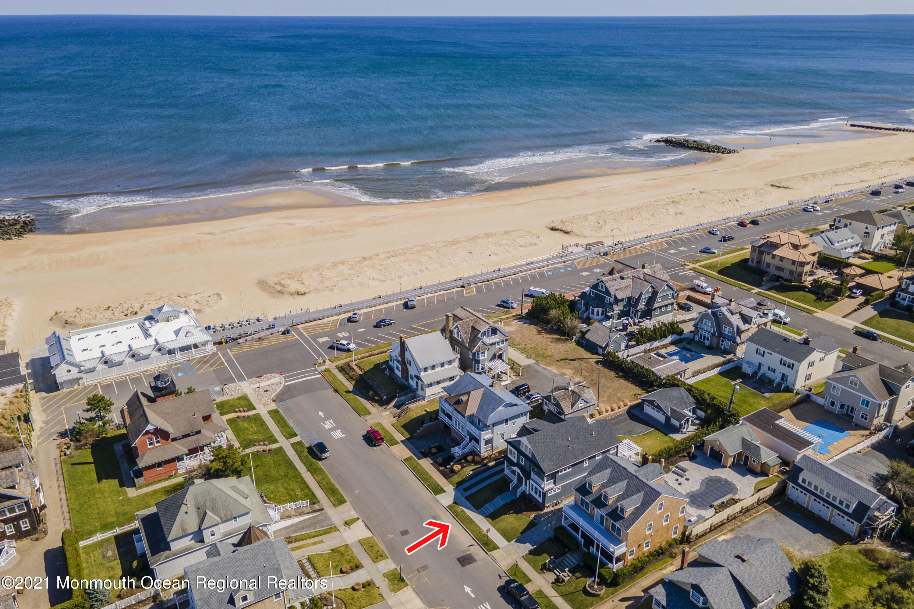 Photo of 2 Beacon Boulevard, Sea Girt, NJ 08750