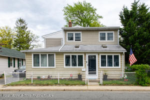 152 Bray Avenue, North Middletown, NJ 07748