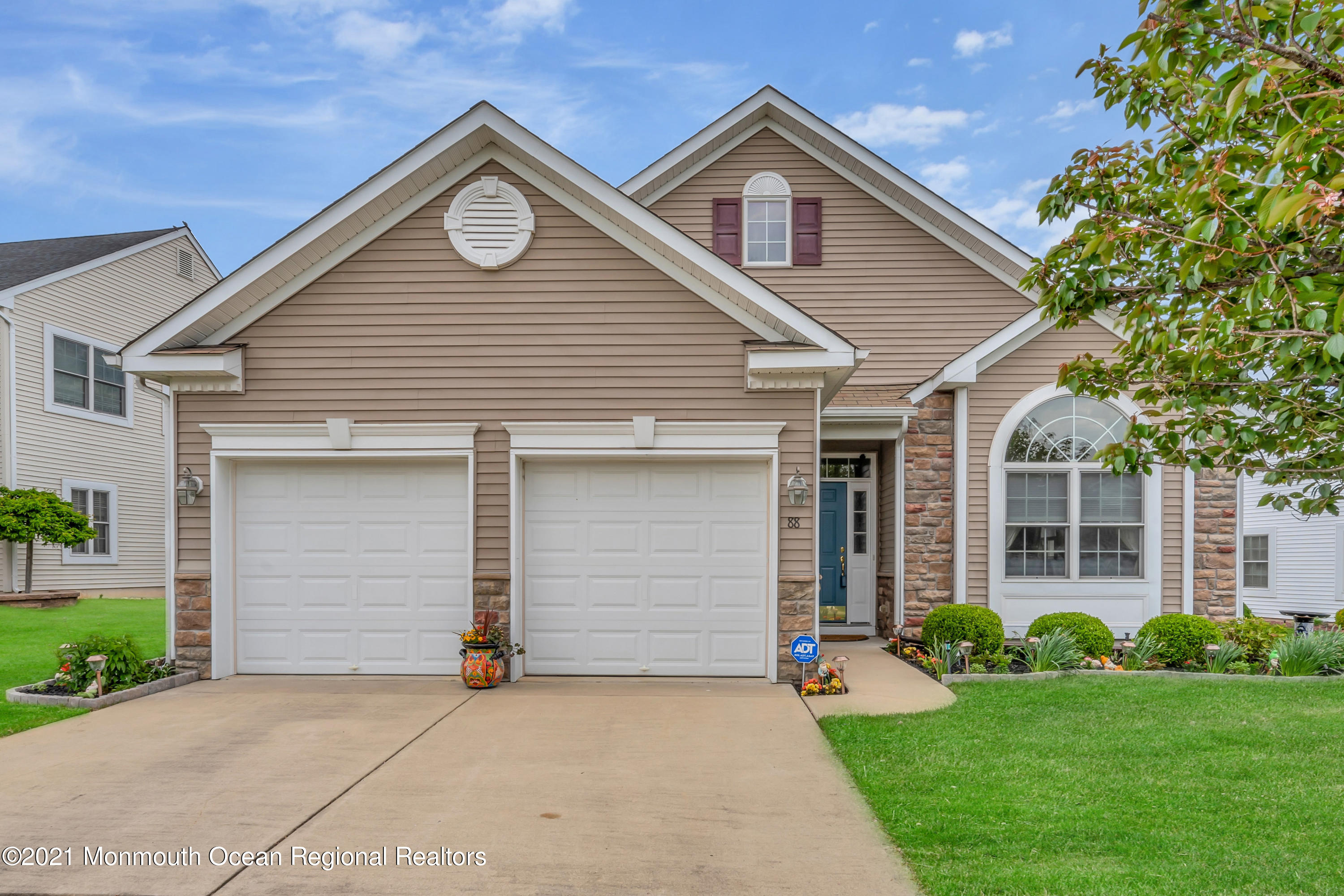 Greenbriar Oceanaire Golf & Country Club w/18 Hole Golf Course, Clubhouse, Pro Shop, In & Outdoor Pools, Fitness Ct, Restaurant with Pub & Much More. Two Bedroom & Two Full Baths. Southward Model with Gourmet Kitchen, Cherry Wood Cabinets, Stone Counter Tops, Tile Floors, Newly Installed S/S Appliances, Double Ovens and Cook Top Gas Range. Recessed Lighting. Dinette, Family Room w/Vaulted Ceiling, Living Rm, Dining Rm, Sunroom w/Tile Floors & Sliding Door to Outside Patio. Master Bedroom w/Full Bath & Walk-in Closet. Master Bath w/High Double Sink Vanity, Soaking Tub & Stall Shower. Window Shades. Washer & Dryer Stay with Home. Walk-up Storage Over 2 Car Garage. Paver Outside Patio. This Home Is Immaculate. YOUR NOT JUST BUYING A HOME, YOUR BUYING A LIFESTYLE