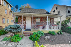 50 1/2 Lincoln Place, Freehold, NJ 07728