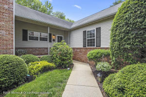 Desirable End unit Ranch in Palmer Square in Holmdel.