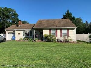 2524 Holly Hill Road, Manchester, NJ 08759