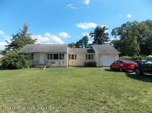 15 Central Parkway, Bayville, NJ 08721