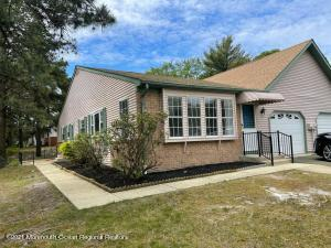 14A Sunset Road, Whiting, NJ 08759