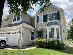 5 Raleigh Pass, Colts Neck, NJ 07722