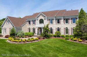 Welcome to Clayton Farms! Toll Bros home w 5917 sf of living space on approx. 1.5 acres.