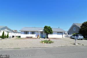 808 Wave Drive, Forked River, NJ 08731
