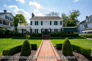 Gorgeous meticulously kept home in beautiful Allenhurst, NJ