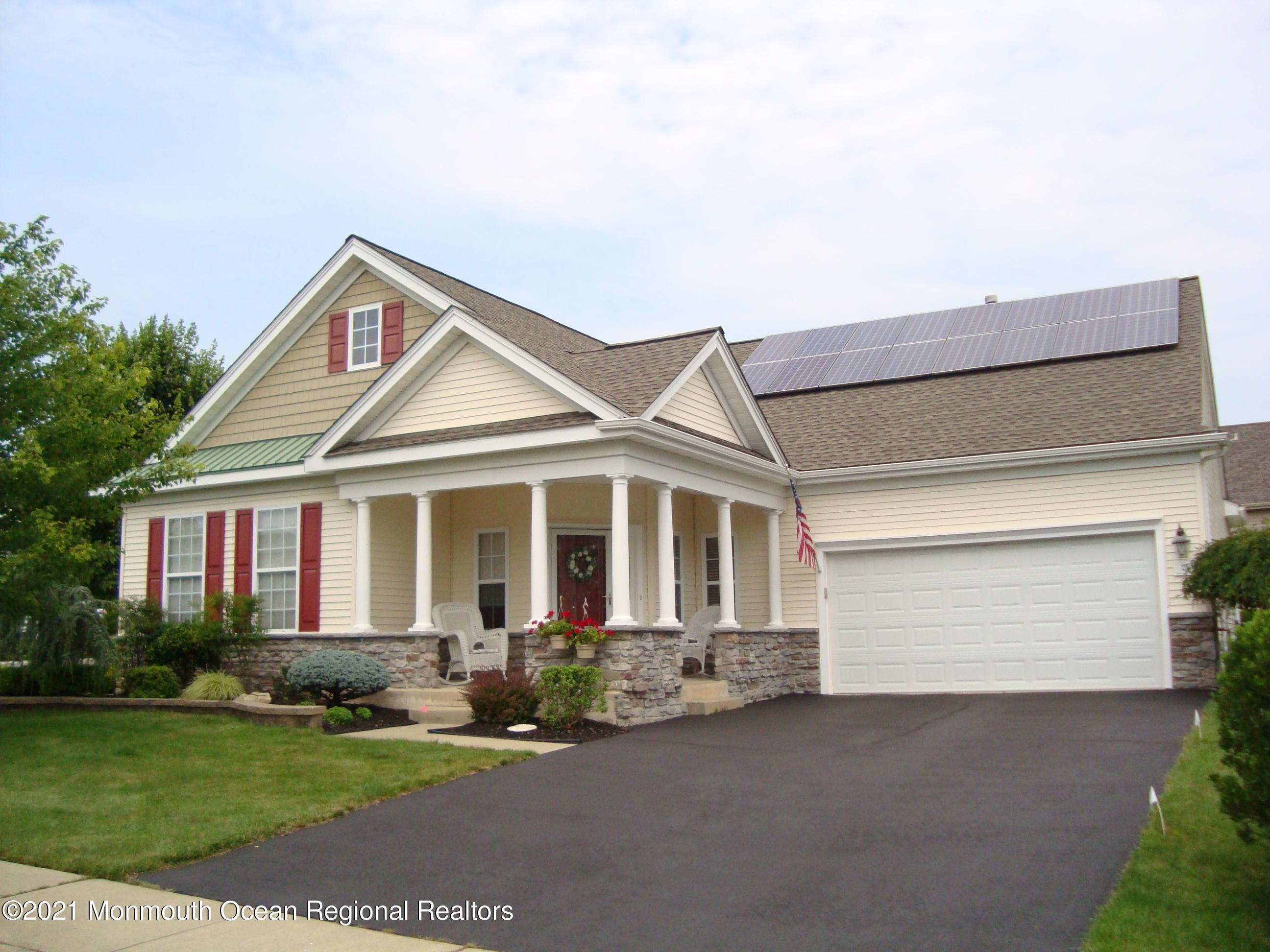 Gorgeous 2/2 Brielle model with a 5 year old 50 year Timberline roof, solar panels (check supplements for details), an oversized corner lot, 3 season room, covered porch, rear patio, upgraded kitchen with SS appliance, professional window treatments, professionally landscaped, Mannington Vinyl floors and much more. Move-in condition.  HERITAGE POINT IS ONE OF THE MOST DESIRABLE ACTIVE-ADULT COMMUNITIES IN OCEAN COUNTY BOASTING 2 CLUBHOUSES; TENNIS; INDOOR AND OUTDOOR POOLS; WELL-EQUIPPED FITNESS CENTER AND SO MUCH MORE!!! LOW MAINTENANCE FEES!!! just a few minutes to Barnegat bay and 15 minutes to LBI with its 18 miles of sandy beaches and 40 minutes to AC. This is retirement at its best. Solar panel 20 year lease is in its 5th year with a fixed rate of $72.09. Dishwasher is 2 years old. Washer is 3-4 years old. All appliances under maintenance contract including air, heat and water heater.