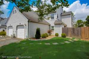 12 Frost Court, Freehold, NJ 07728
