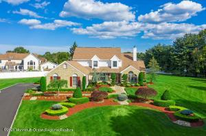 6 Bray Hollow Court, Freehold, NJ 07728