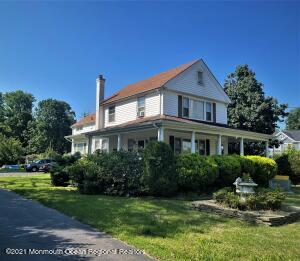 Wonderful mother/daugher with 6 bed and 3 full baths