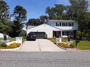 35 Shorebrook Circle, Neptune Township, NJ 07753