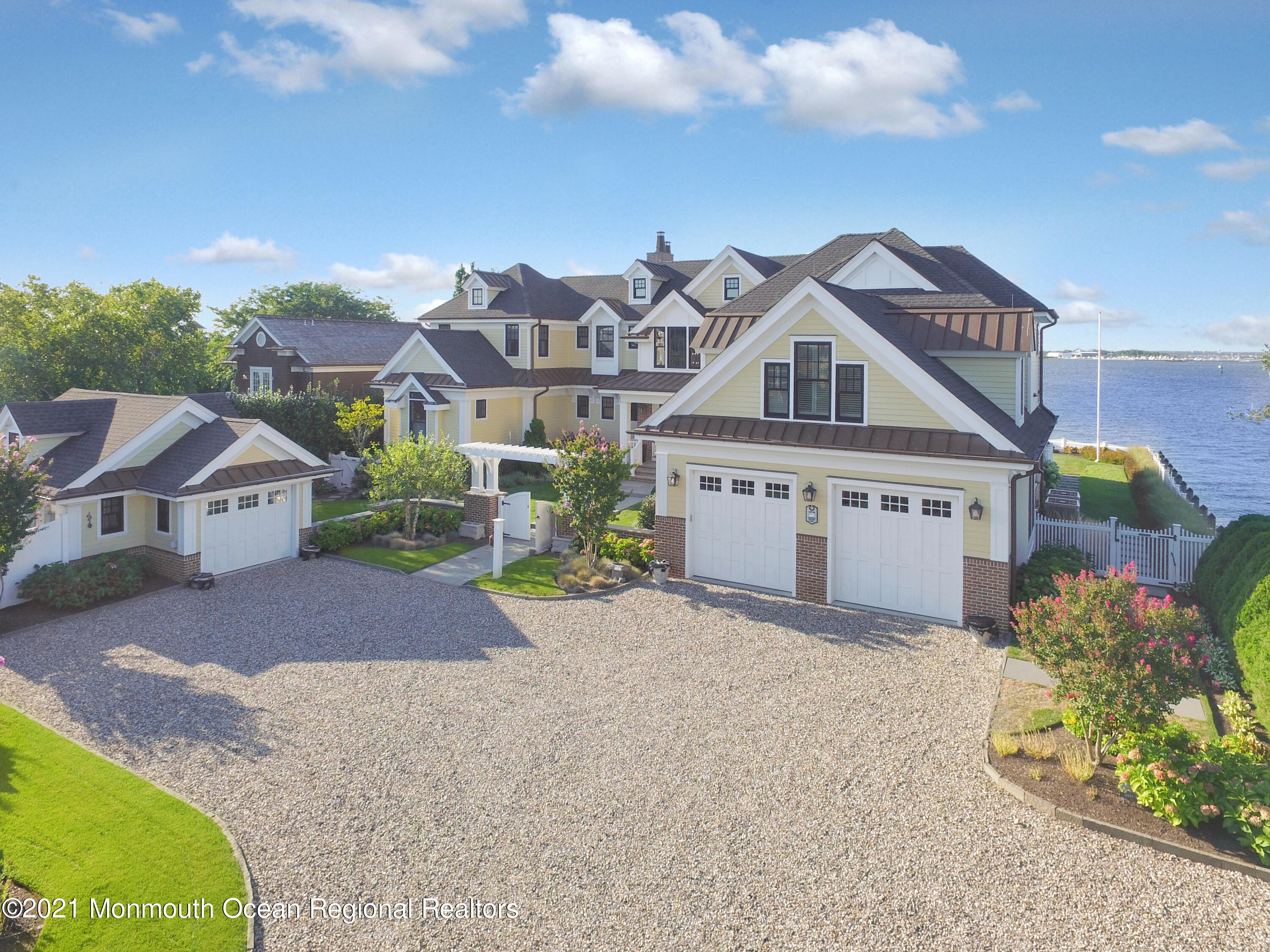 Photo of 115 Curtis Point Drive, Mantoloking, NJ 08738