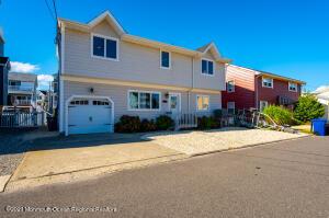 207 Heron Road, Lavallette, NJ 08735