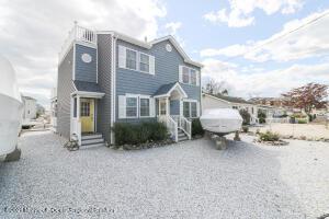 25 Myrtle Drive, Beach Haven West, NJ 08050