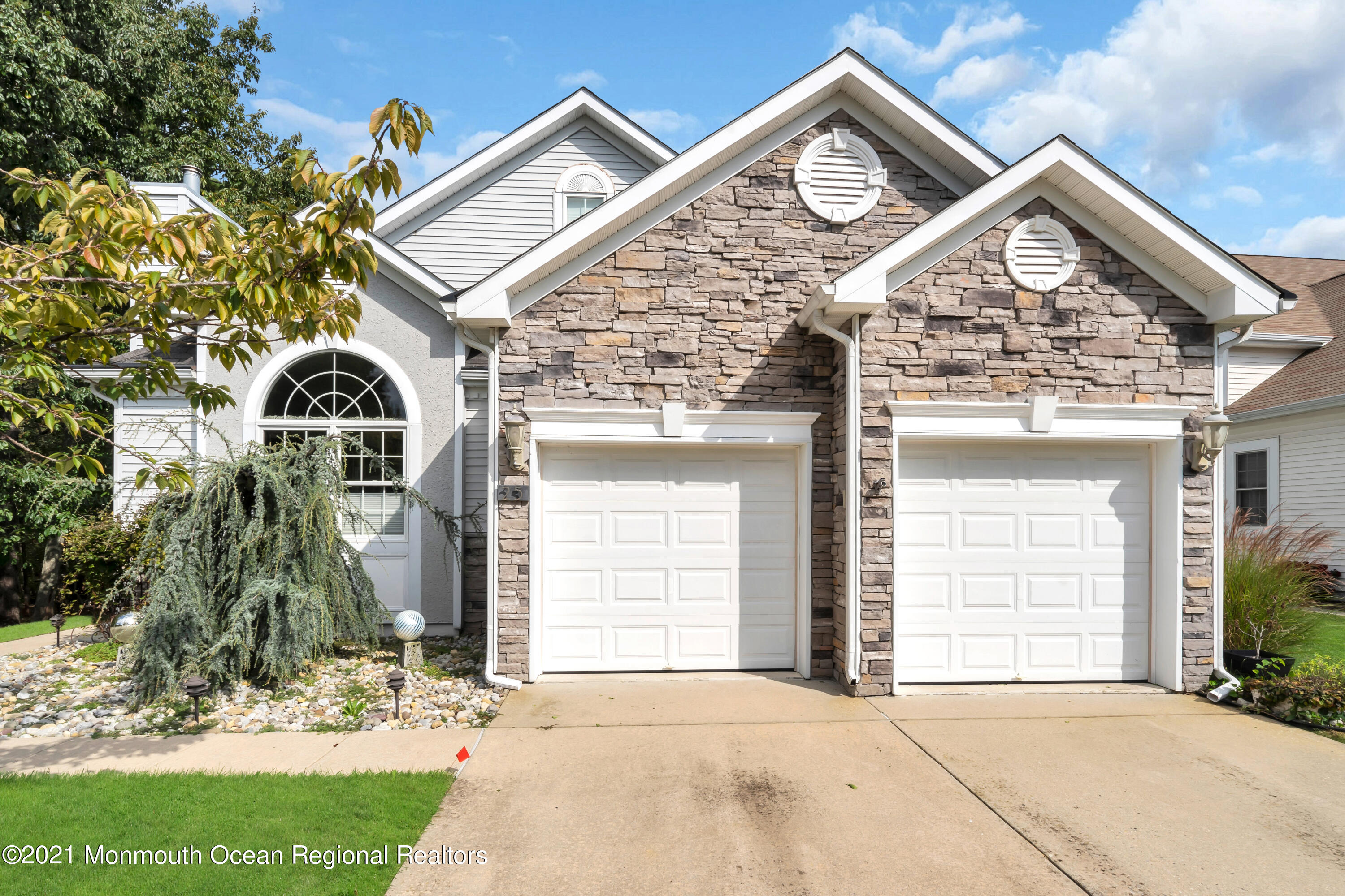 Beautiful Chesapeake Model w/Loft & Full Walk-Out Basement. Backs Up To Woods Very Private. Gourmet Kitchen w/Custom Wood Cabinets, Granite C/Tops, S/S Appl. Tile Floors, Center Island & Breakfast Counter & Dinette. Living Rm w/Gas Fireplace & Tile Flrs. Dining Rm, Entry Foyer, Hall, Family Rm w/Custom Entertainment Unit and Wood Floors. Sunroom w/Tile Flrs. Master Bedroom w/Wood Flrs. Full Bath & Walk-in Closet. Master Bath w/Double Sink Vanity, Soaking Tub & Stall Shower. Second Flr. Loft w/Two Bedrm + Bonus Rm. Used as 4th Bedrm. & Full Bath. Decorative Moldings. Window Blinds, Ceiling Fans. Custom Deck w/Awning. 2 Car Garage w/Walk-Up Storage, Located in Greenbriar Oceanaire Golf & Country Club w/18 Hole Golf Course,Clubhouse,In & Outdoor Pools,Restaurant & Pub. Your Buying a Lifestyle