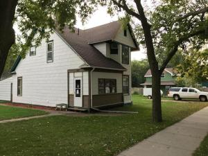 901 E 4th Ave, Mitchell, SD 57301