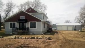 301 N 7th St, Emery, SD 57332