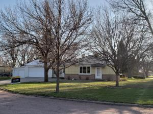 720 Mitchell Blvd, Mitchell, SD 57301