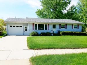 1331 W Birch Ave, Mitchell, SD 57301