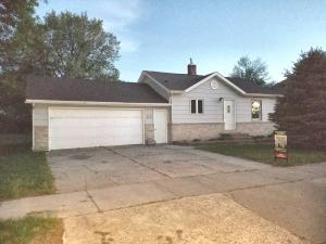 313 E 12th Ave, Mitchell, SD 57301