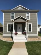 712 S Minnesota St, Mitchell, SD 57301