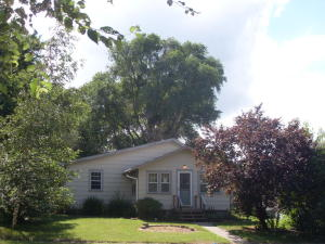 605 S Wisconsin St, Mitchell, SD 57301