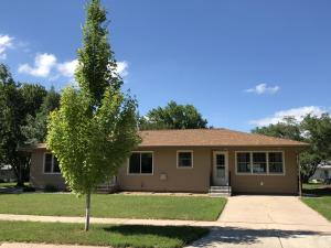 1330 Palmer Place, Mitchell, SD 57301
