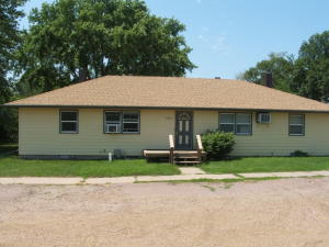 1100 W 7th Ave, Mitchell, SD 57301