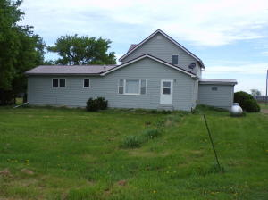 42018 250th St, Fulton, SD 57340