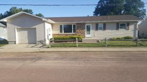 205 2nd St, Wagner, SD 57380