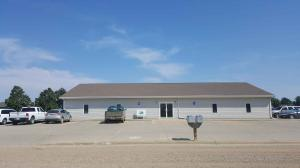 701 W Plum St, Parkston, SD 57366