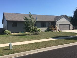 1800 Thomsen Place, Mitchell, SD 57301