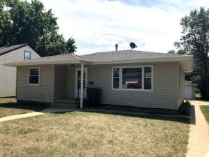 921 W 7th Ave, Mitchell, SD 57301