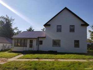 103 E 2nd St, Delmont, SD 57330