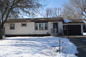 408 Wisconsin Avenue, Platte, SD 57369