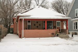 508 W 3rd Ave, Mitchell, SD 57301