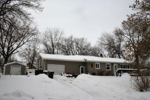 601 S Rowley St, Mitchell, SD 57301