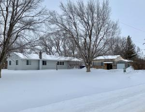2100 W 23rd Ave, Mitchell, SD 57301