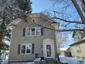 821 W 4th Ave, Mitchell, SD 57301