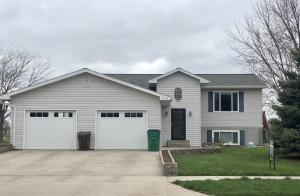 713 W Norway Ave, Mitchell, SD 57301