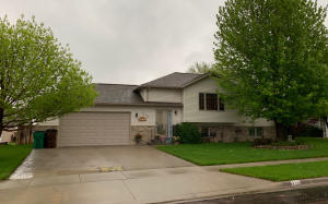 312 Charles St, Mitchell, SD 57301