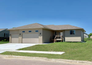 1804 E Birch, Mitchell, SD 57301
