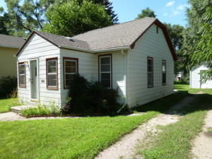 1024 E 7th Ave, Mitchell, SD 57301